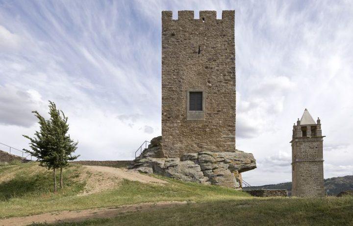 01_castelo_de_mogadouro_3_18086590745490176f95bd3