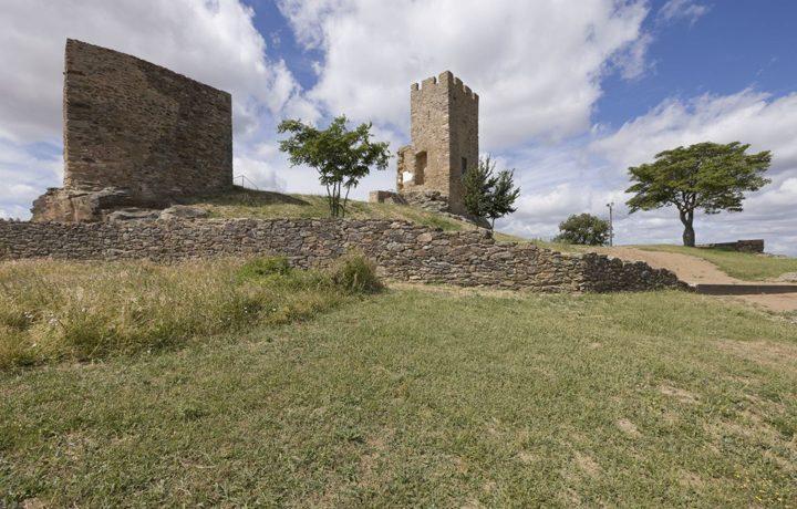 03_castelo_de_mogadouro_1_1974128201549017d0abbfb
