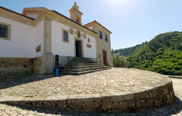 Capela de Sao Pedro de Balsemao_balsemao_6_81886647054e35649e79e0