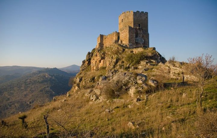Castelo de Algoso_algoso_1_179129950354ddea27c37e0