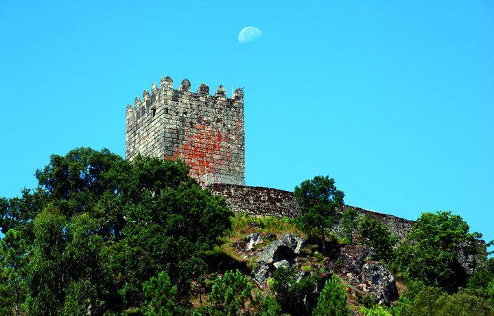 Castelo de Arnóia_arnoia_1_143388829954e76bc60b099