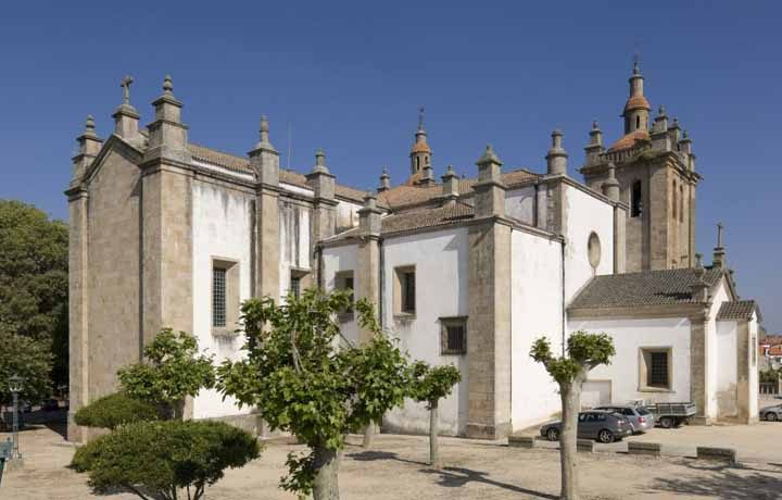 Concatedral de Miranda do Douro_02_igreja_miranda_1_113666877054d8c5f4bbda7