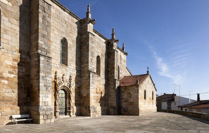 Igreja Matriz de Freixo de Espada à Cinta_freixo_1_24397723654e1e669bb615