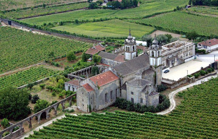 Mosteiro de Santo André de Rendufe_rendufe_1_203114578554e20e1e6c922