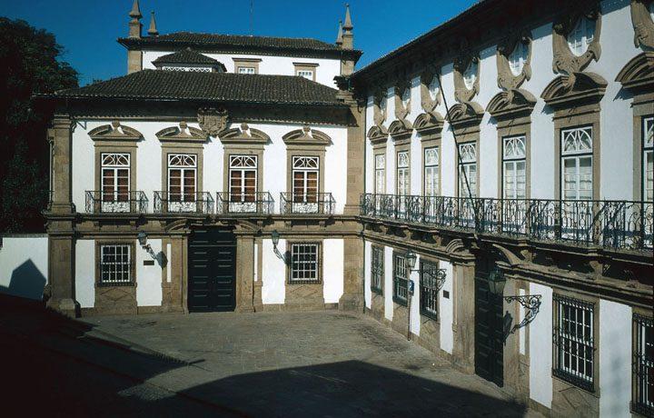 Museu dos Biscainhos_01_mb-fachada_exterior_42787003154d687fb93585