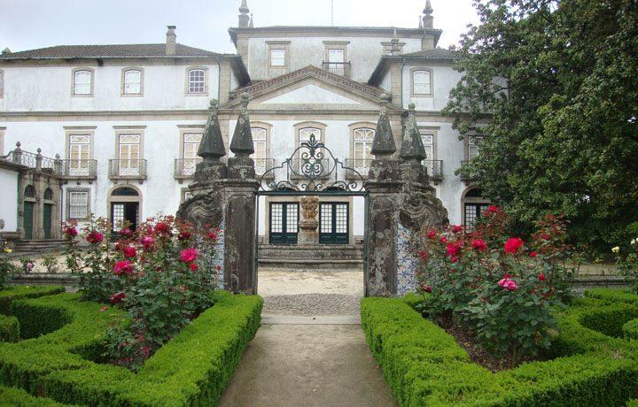 Museu dos Biscainhos_03_mb-fachada_jardim_126141582754d68812cecf6