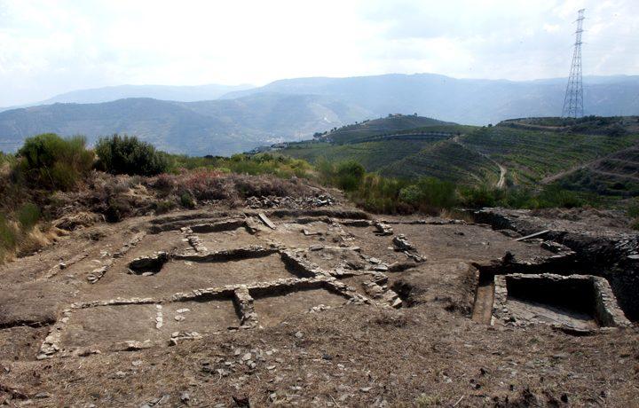Ruínas Romanas do Alto da Fonte do Milho_fonte_do_milho_3_71992515254e1e11de1ae6