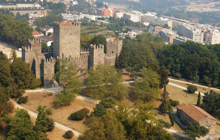castelo_guimaraes_2__29304175754818d194eacd