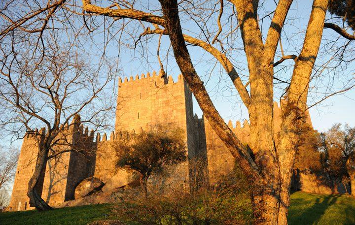 castelo_guimaraes_6__170044557354818d669921f